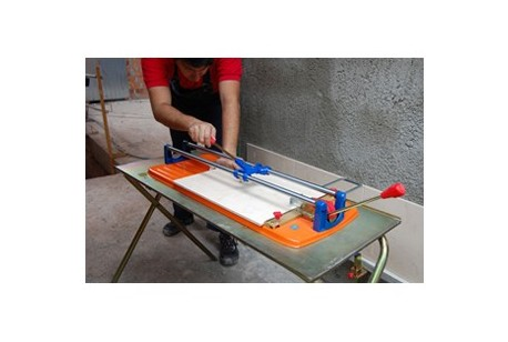 Tile Cutter - Manual 600mm Capacity at Plantool Hire Centres