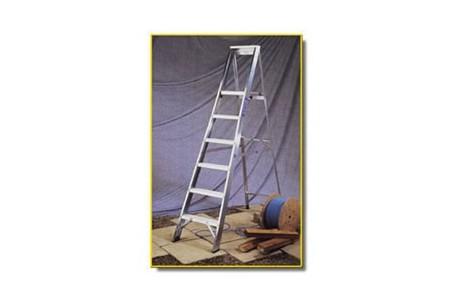 "Step Ladder - 6 Tread, 4ft 9\"" Open"