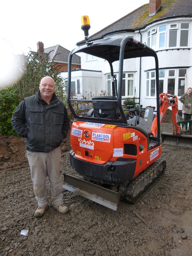 Digger at DIY SOS project